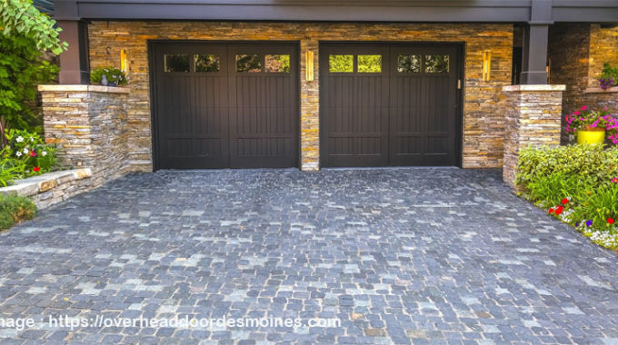 Avoiding Garage Door Accidents with A Stronger Garage